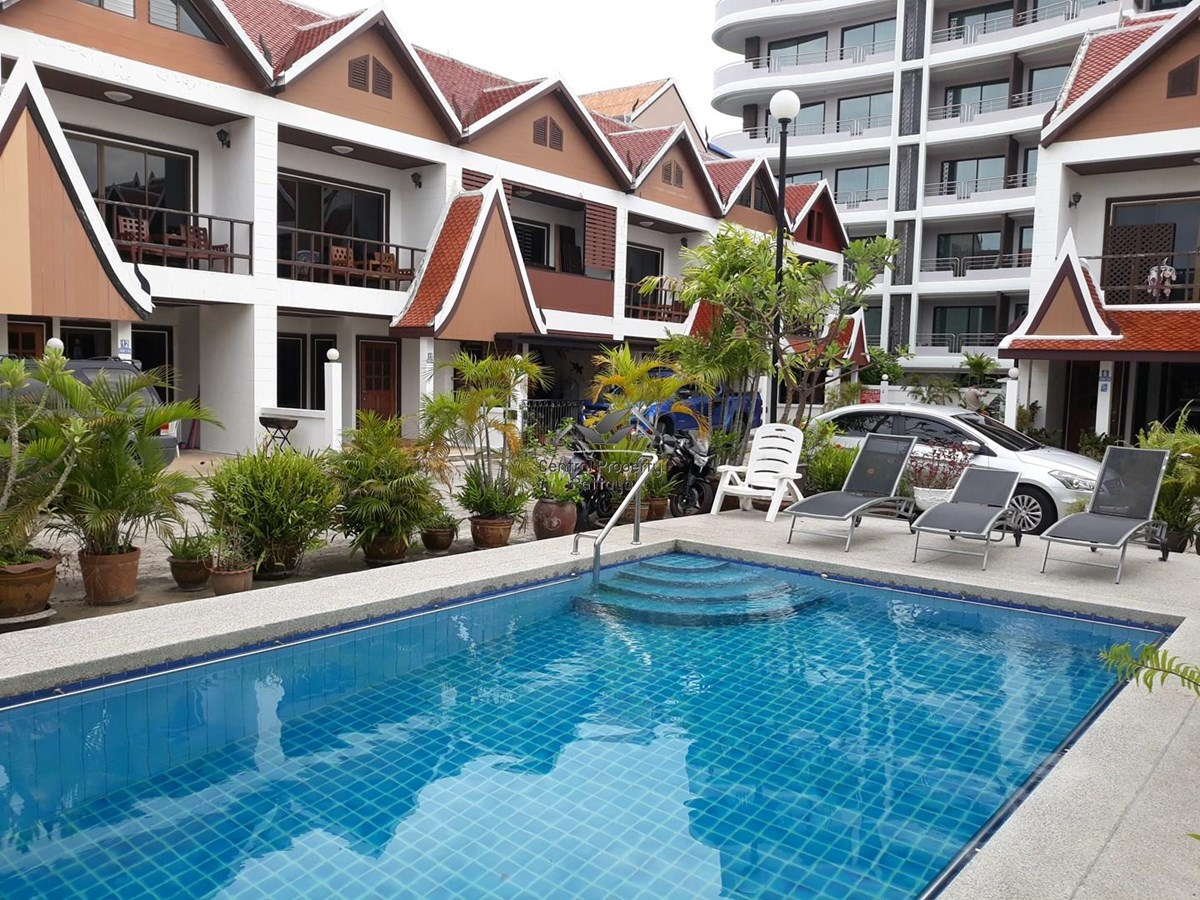 pattaya city resort central location rentals sales