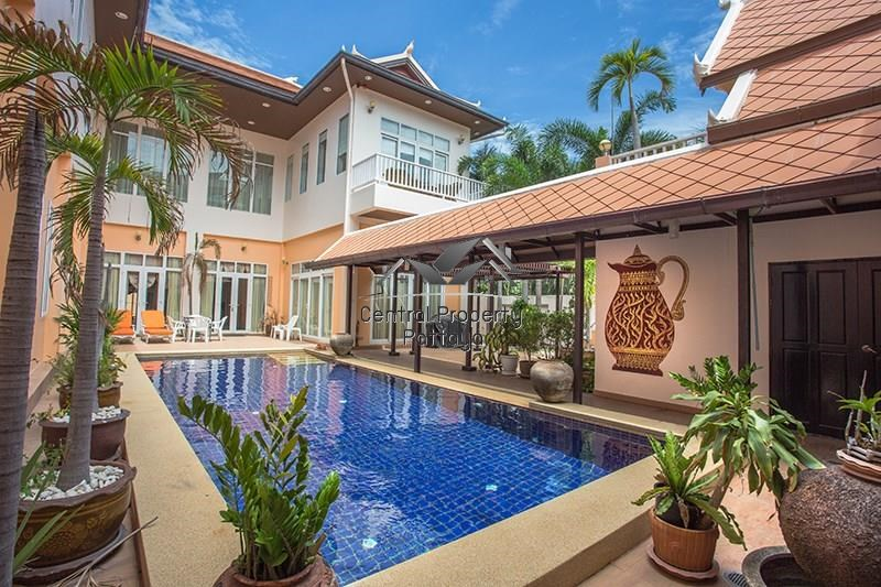 Six Bedroom Pool House for sale or rent in Pratumnak - House - Pattaya -