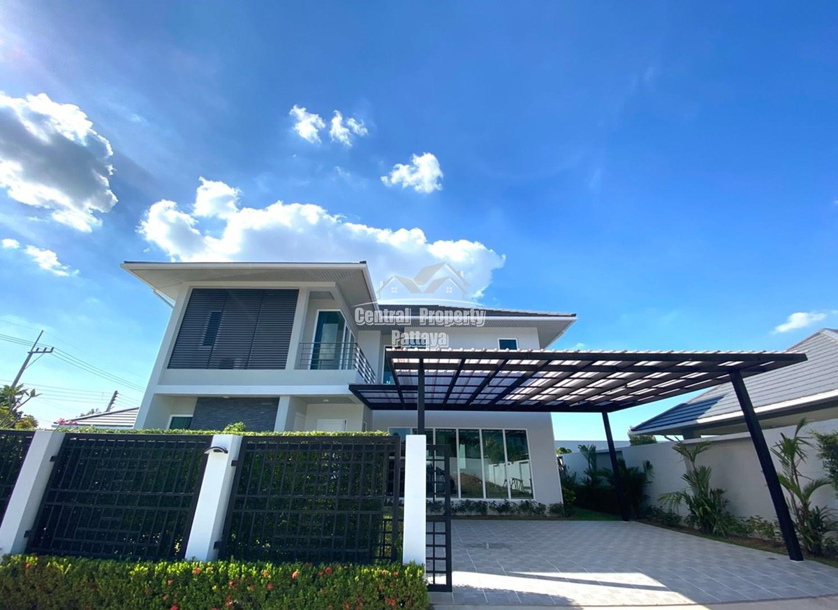 Two Storey Four Bedroom Three Bathroom Pool Villa for Sale or Rent East Pattaya - House -  - East Pattaya, Chonburi
