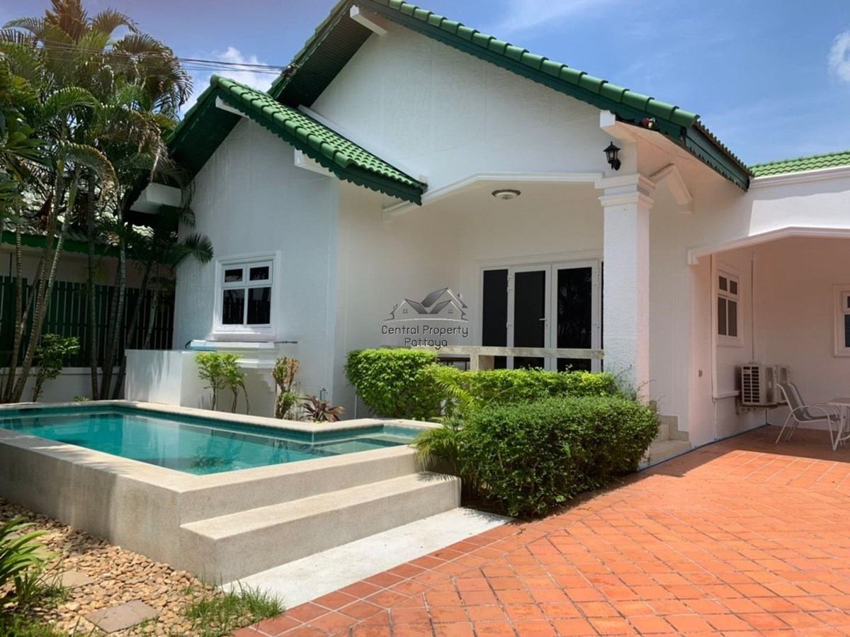 Beautiful Three Bedroom Pool Villa for Rent in East Pattaya. - House - Pattaya -