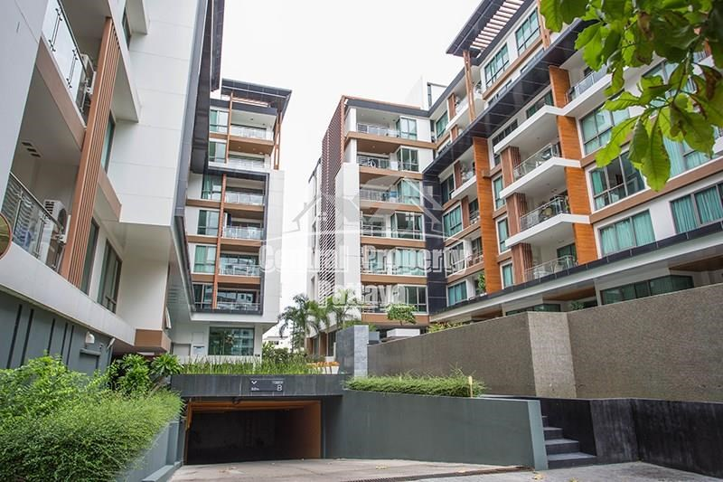 Three Bedroom Two Bathroom Condo for Rent in Central Pattaya